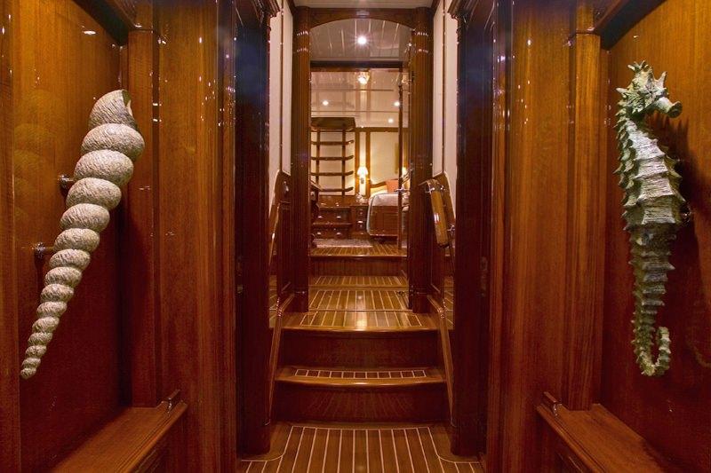 WHISPER yacht image # 14