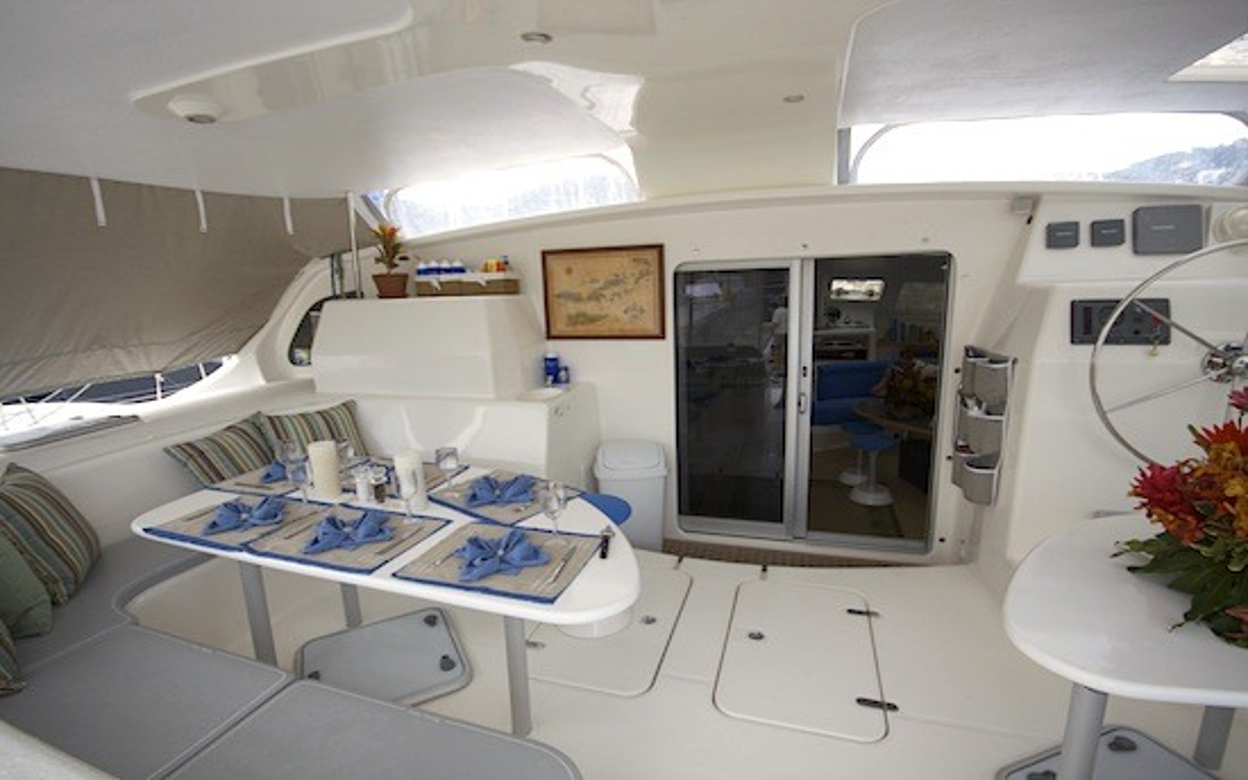 Spacious cockpit dining area