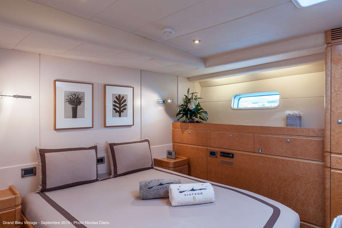 Guest middle double cabin (portside)