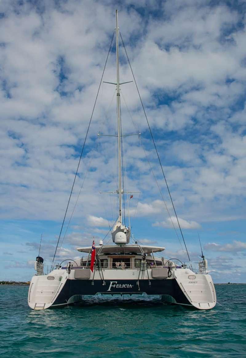 Catamaran Charter Felicia