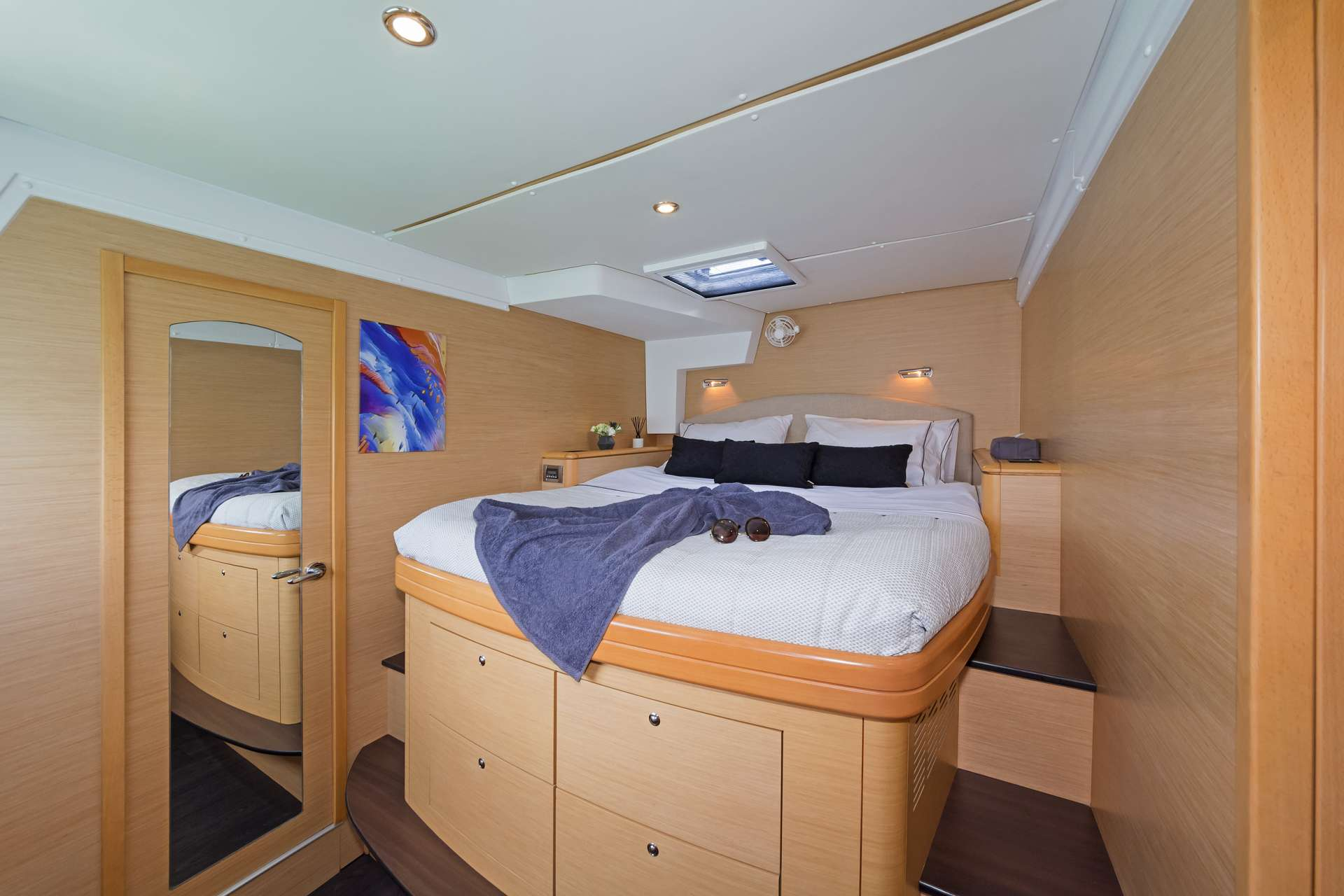 Guest Cabin fwd portside
