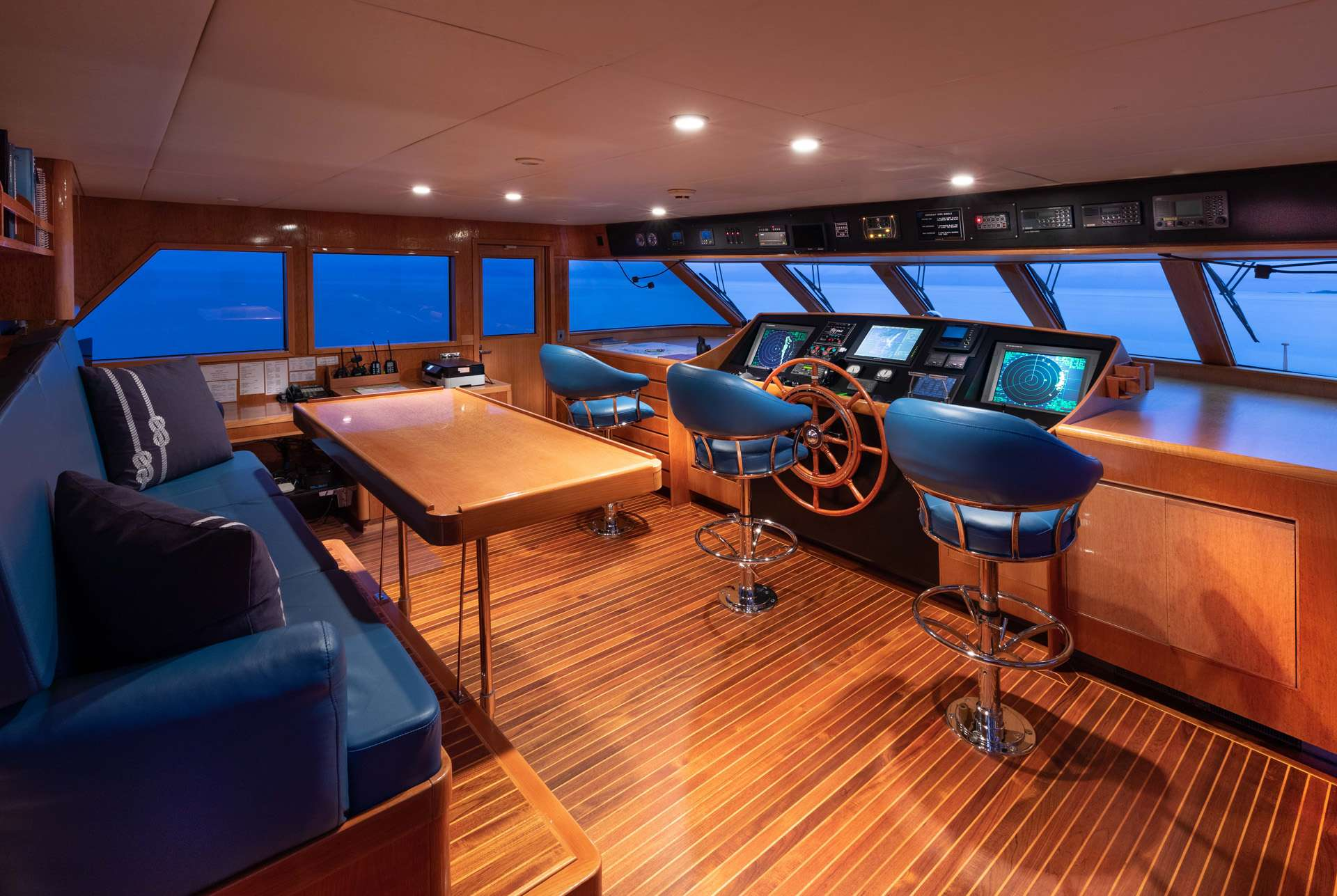 motor yacht RENA