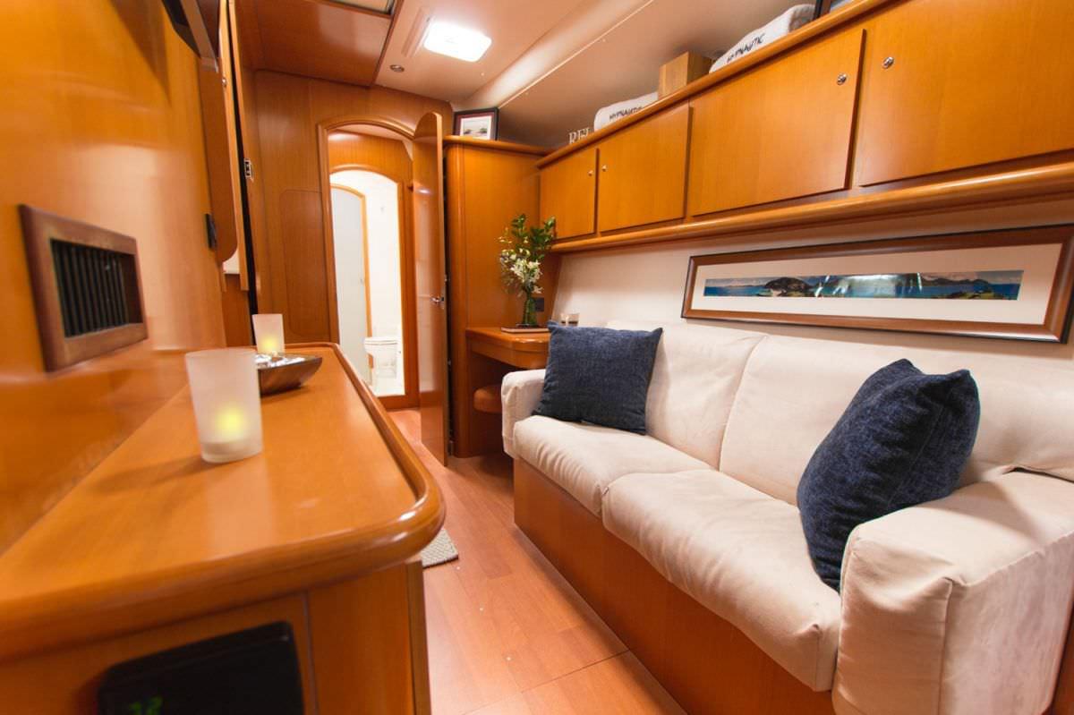 Master Cabin Lounge