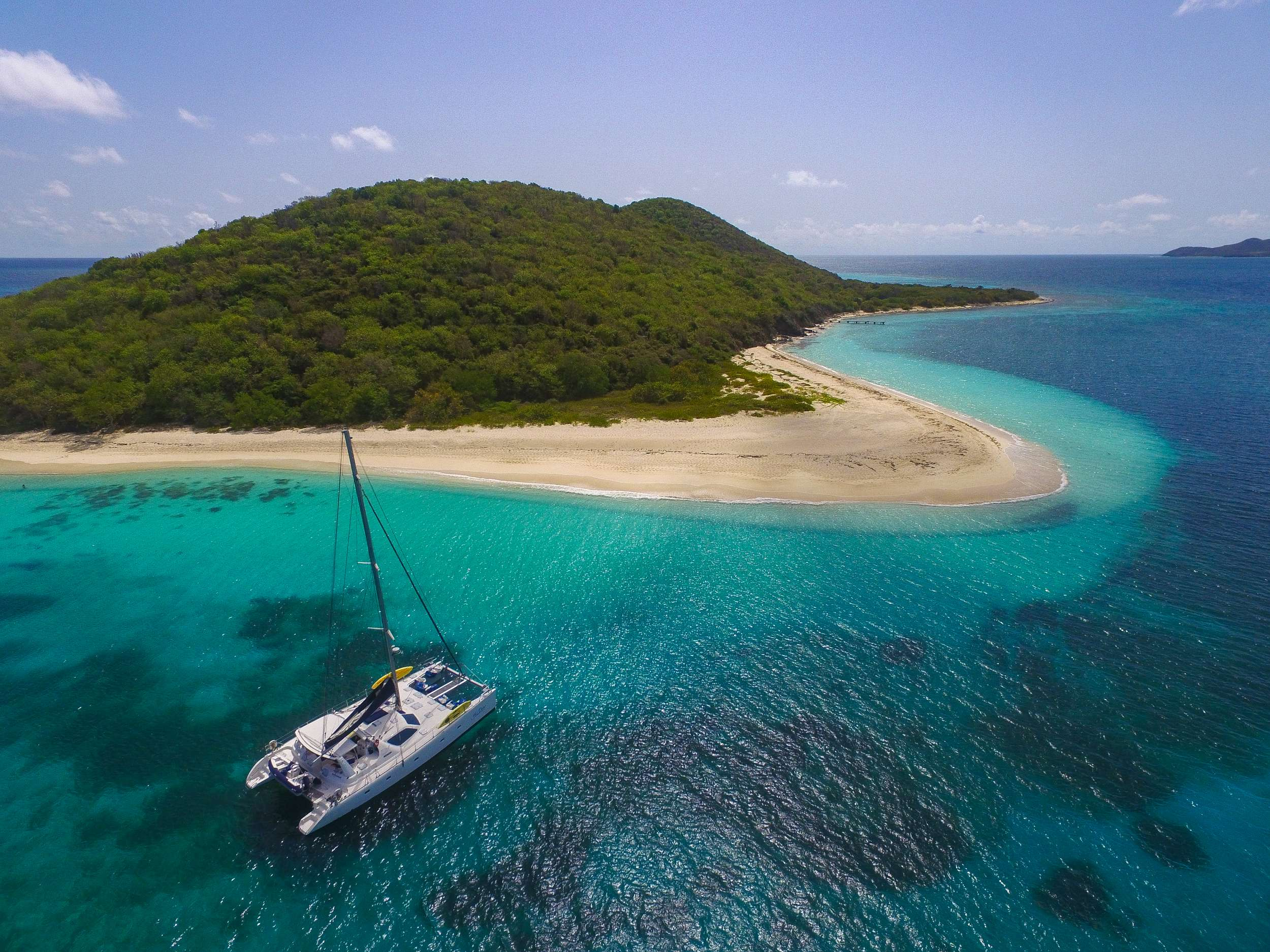 Catamaran Charter Yes Dear