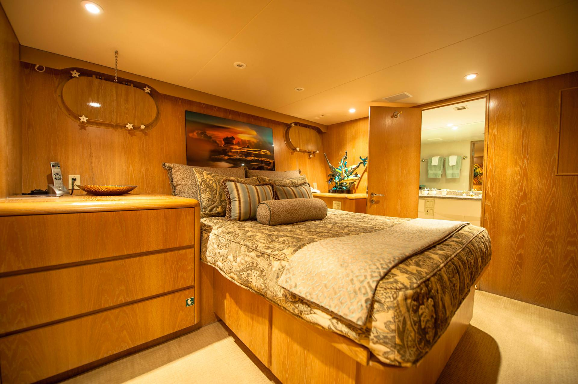(2) VIP guest cabins