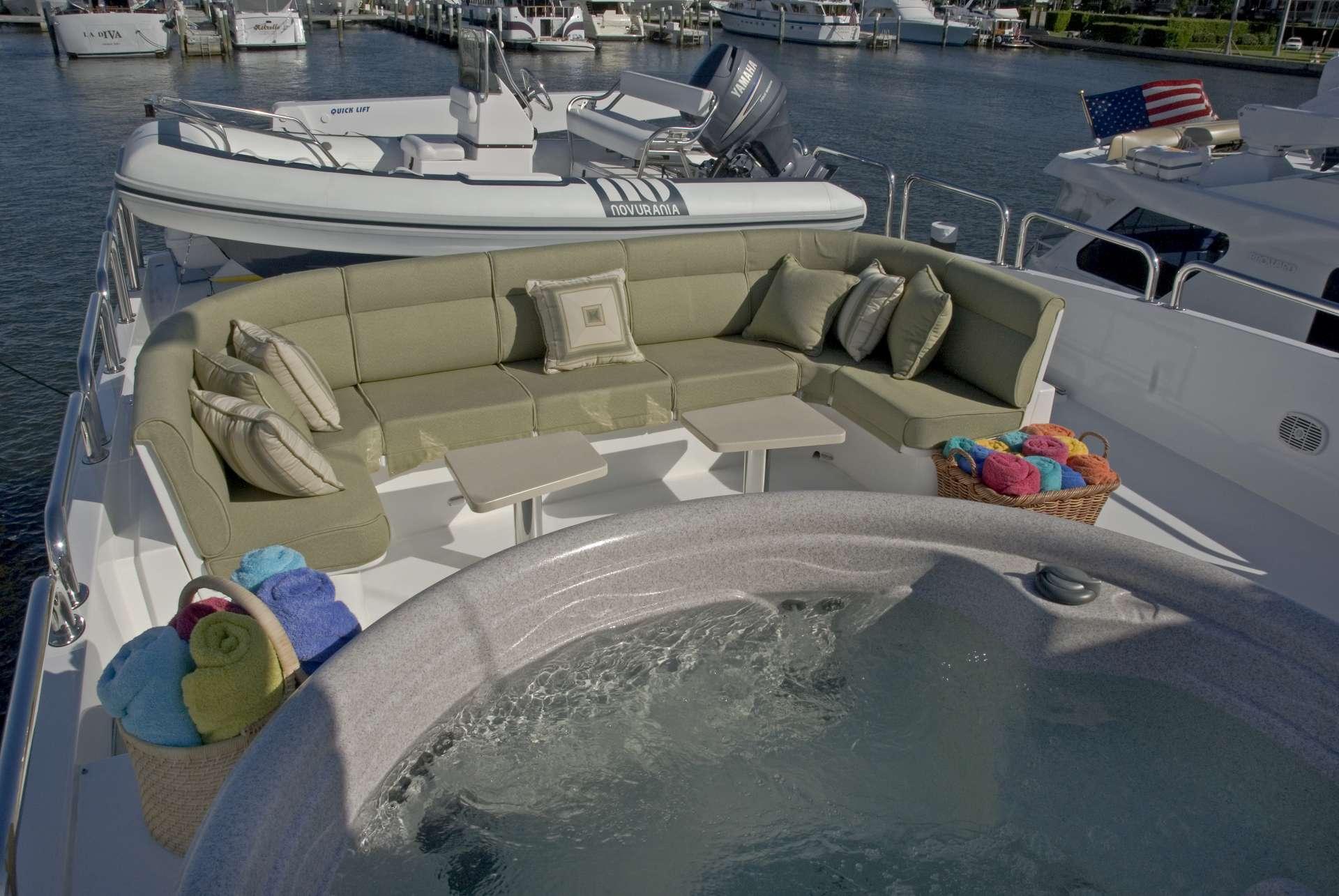 motor yacht TIGERS EYE