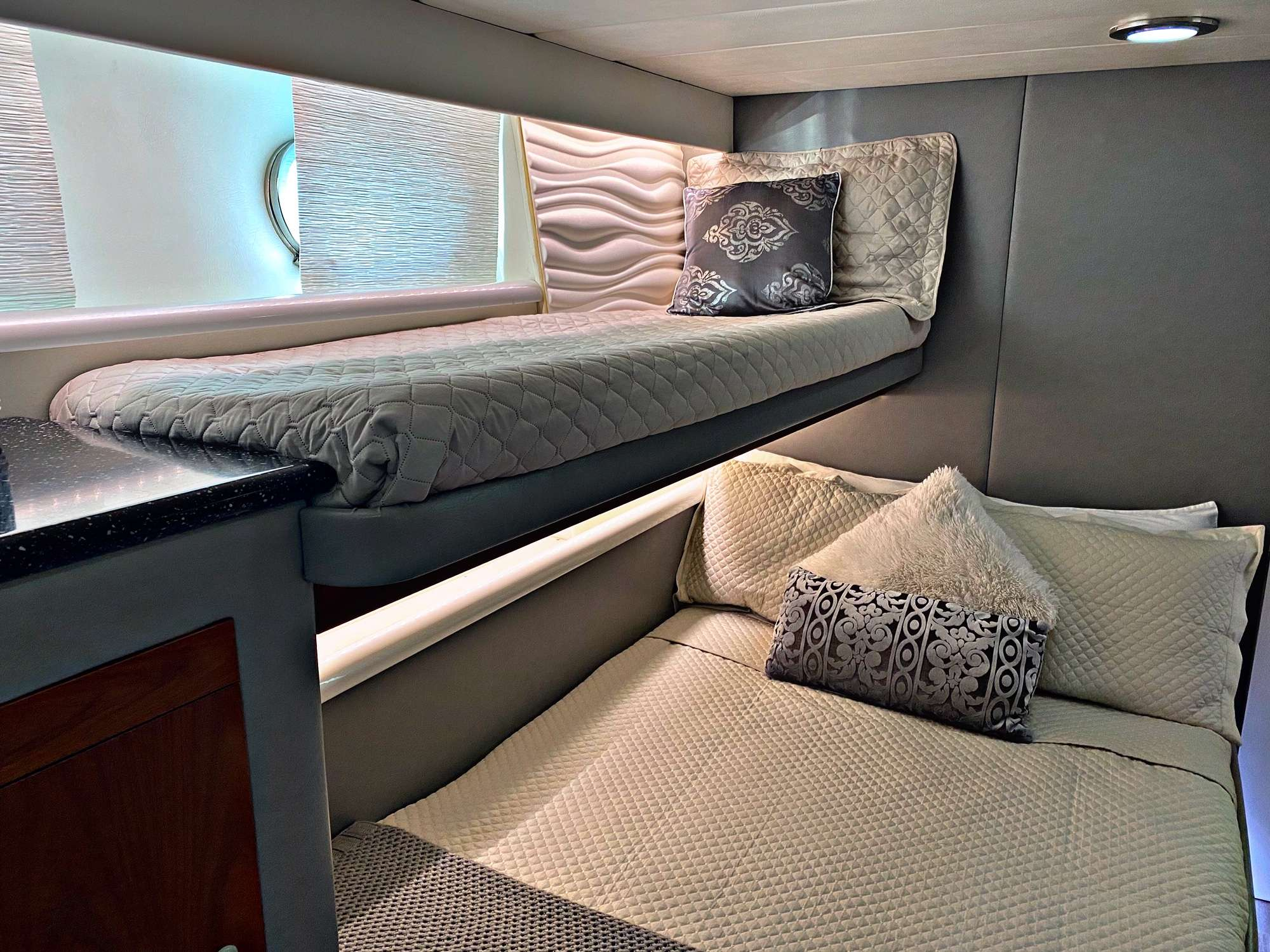 Guest Stateroom - Ensuite Double w/Single Above