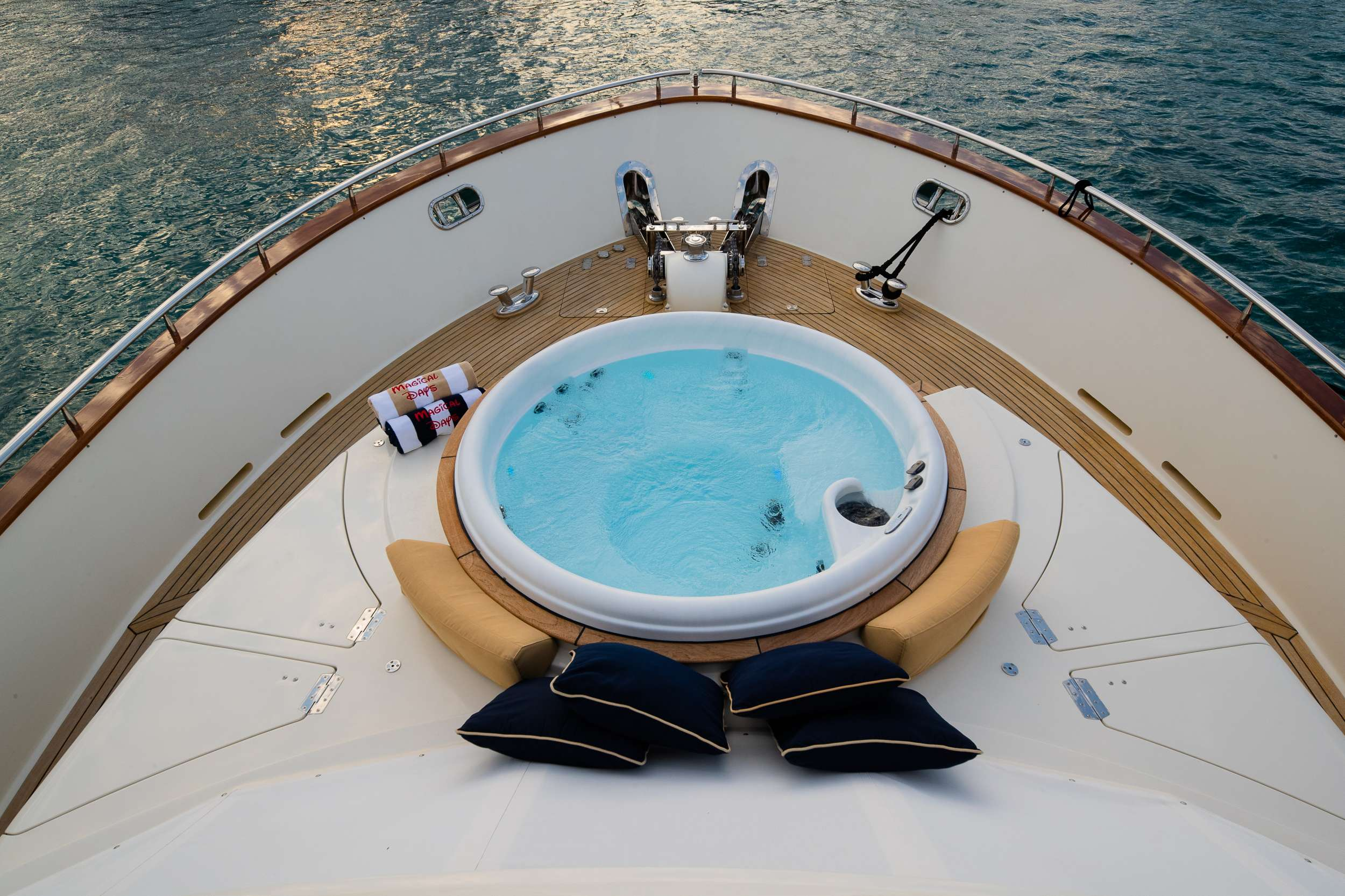 motor yacht MAGICAL DAYS