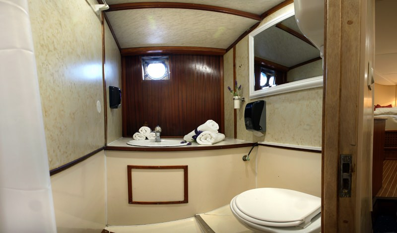 Aborda - bathroom