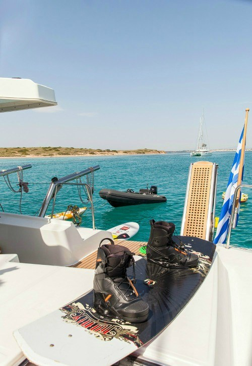 Catamaran Charter Mystique