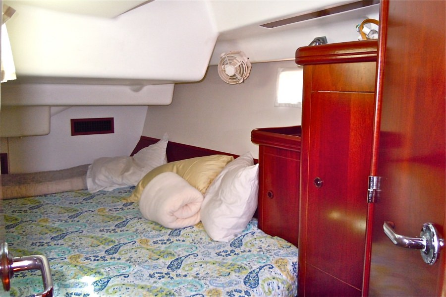 Guest King cabin aft