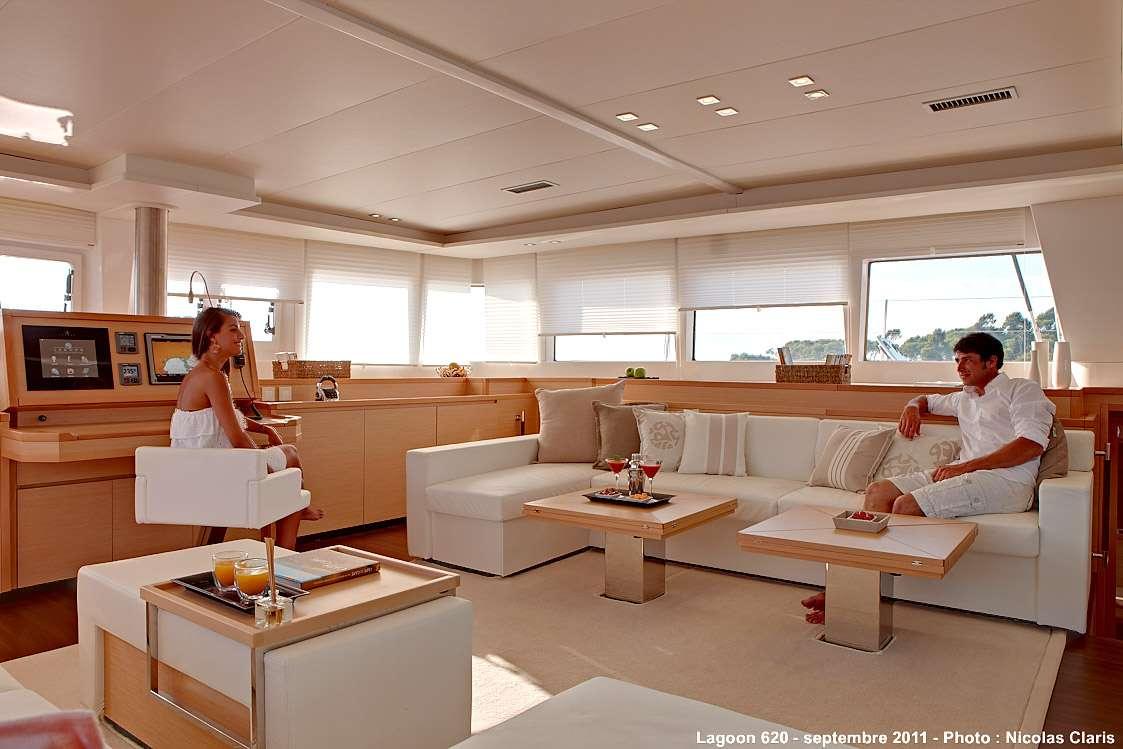 Catamaran Charter Firefly