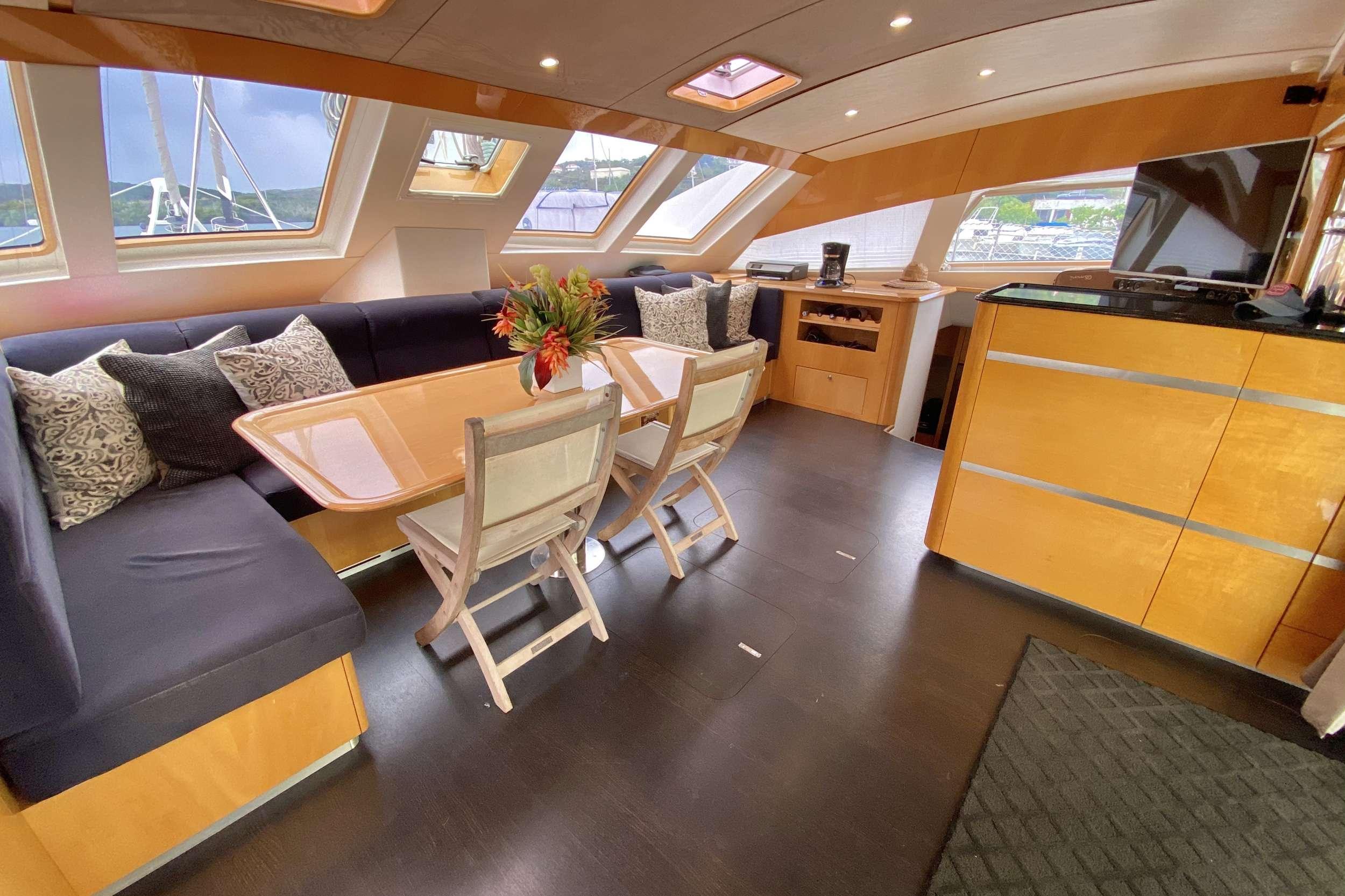 TRES SUENOS yacht image # 9