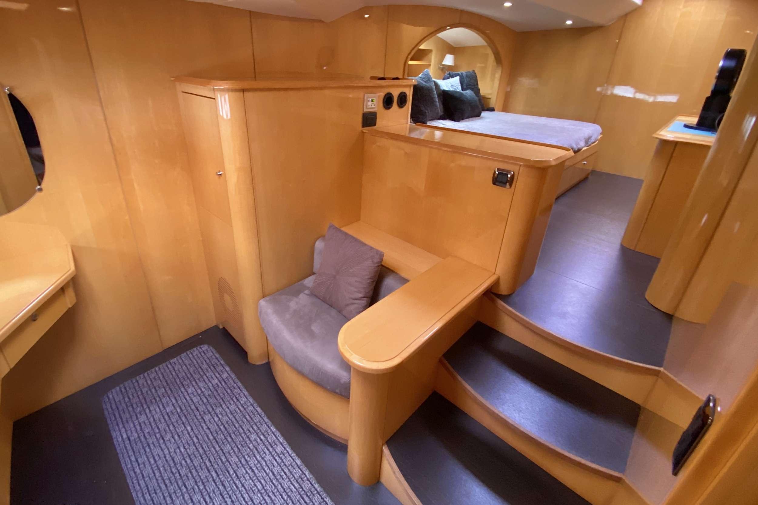 TRES SUENOS yacht image # 6