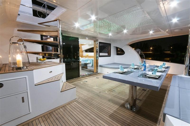 Catamaran Skylark