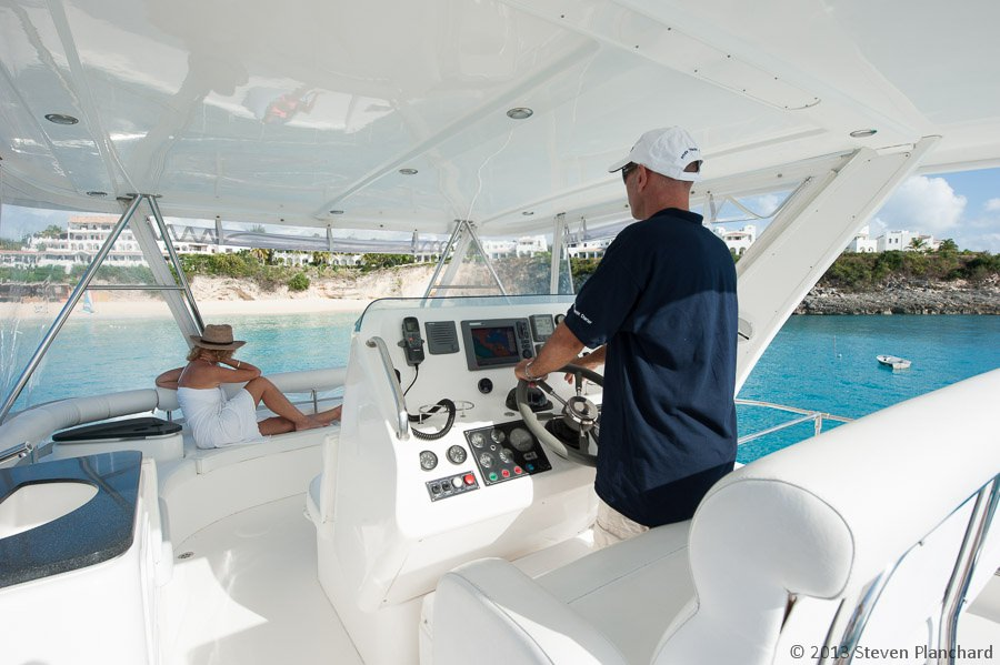 Flybridge with Helm Station and Seating