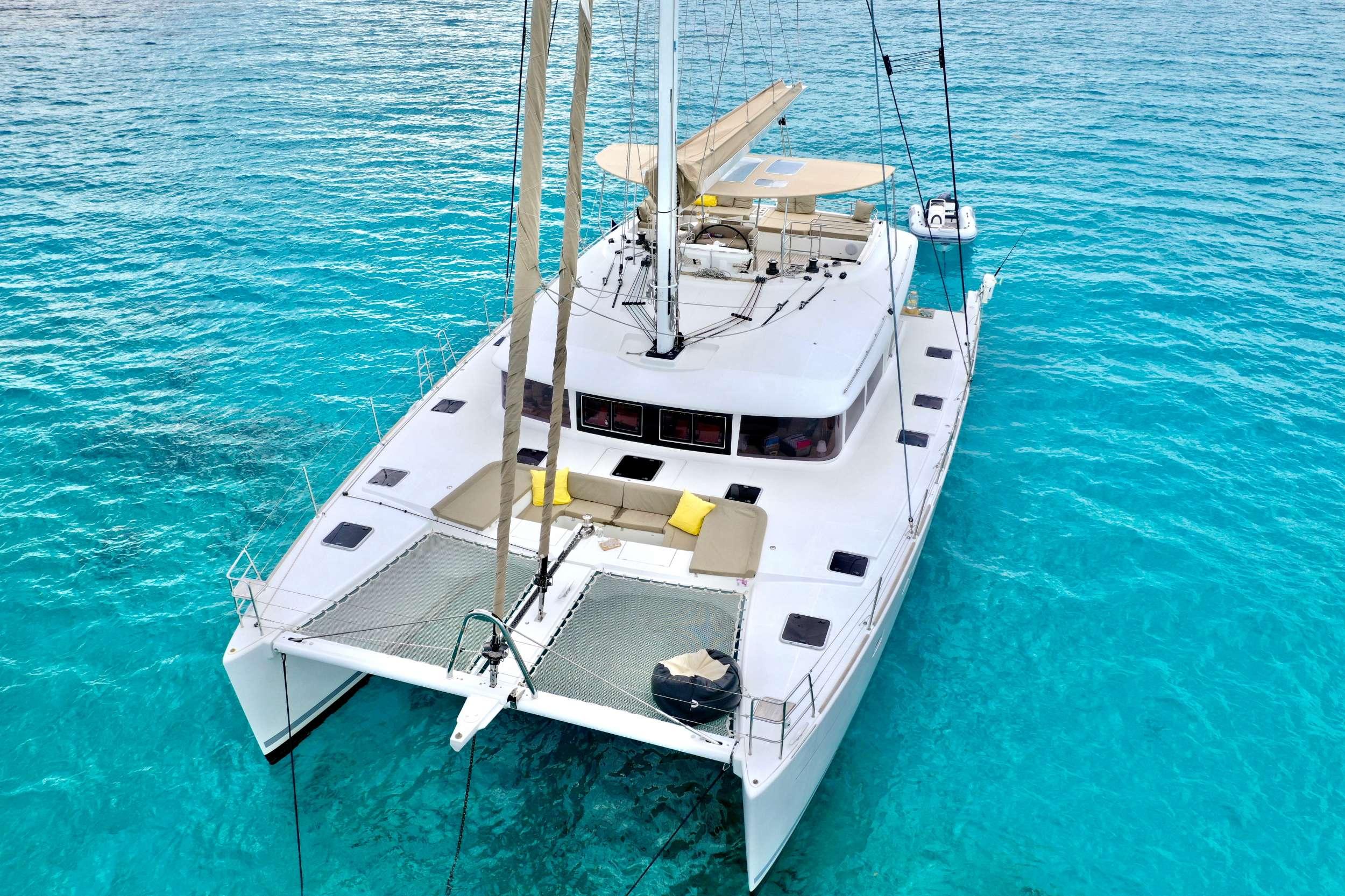 Catamaran Charter Zylkene 1