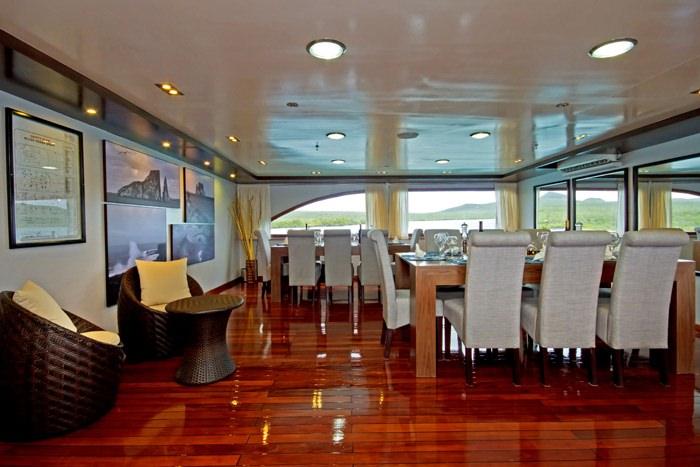 Yacht charter Ocean Spray