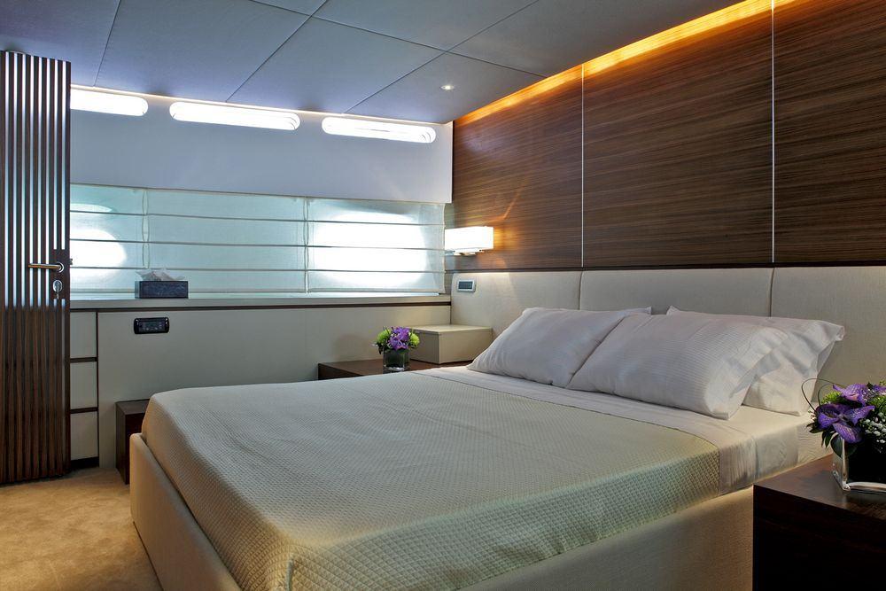 motor yacht TROPICANA