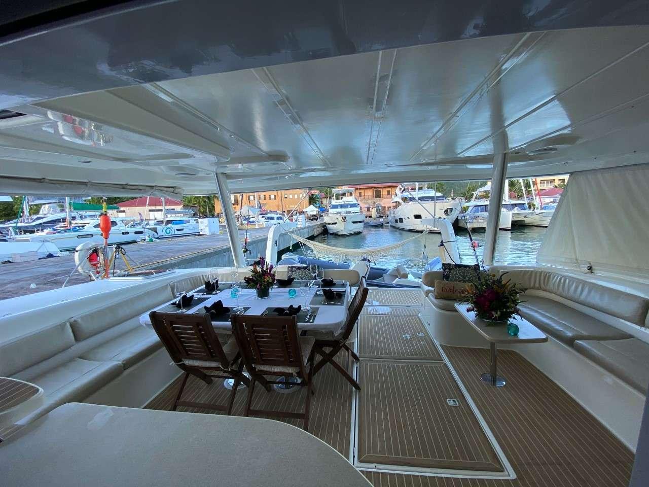 Caribbean Sailing on Good Vibrations