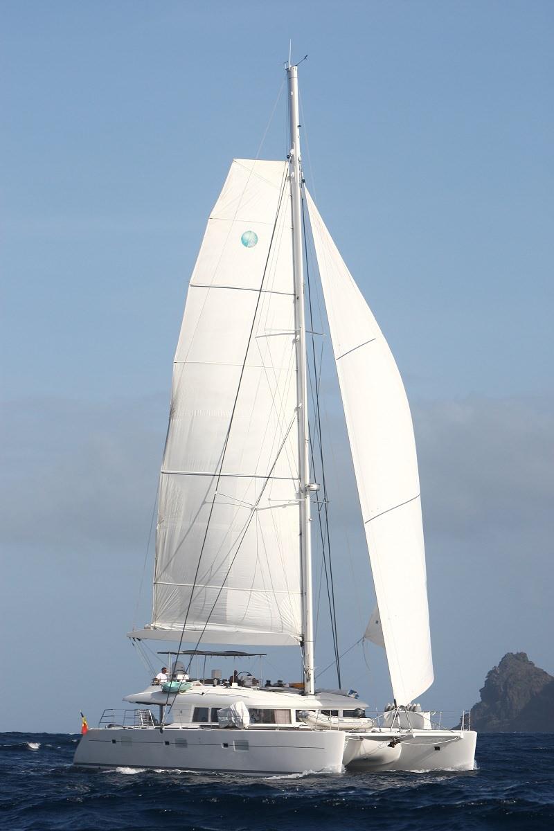 Catamaran Go Free 62