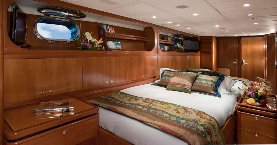 """""""Pacific"""" Convertible cabin as King"""