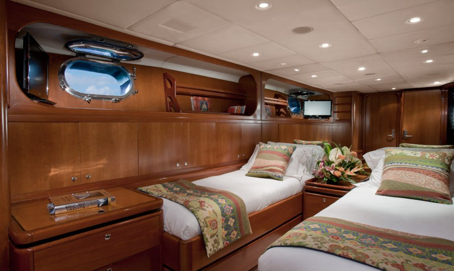 """""""Pacific"""" Convertible cabin as Twin"""