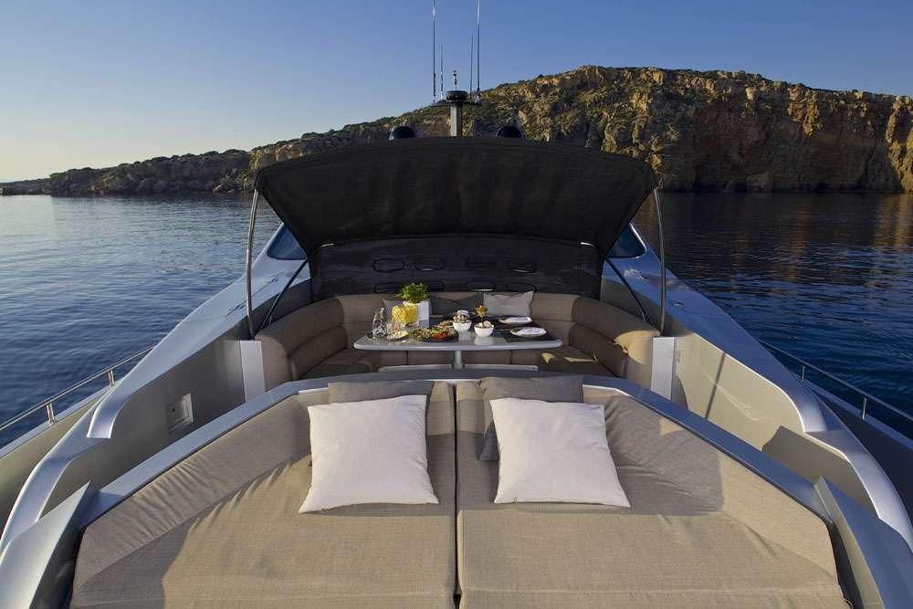 motor yacht SOLARIS