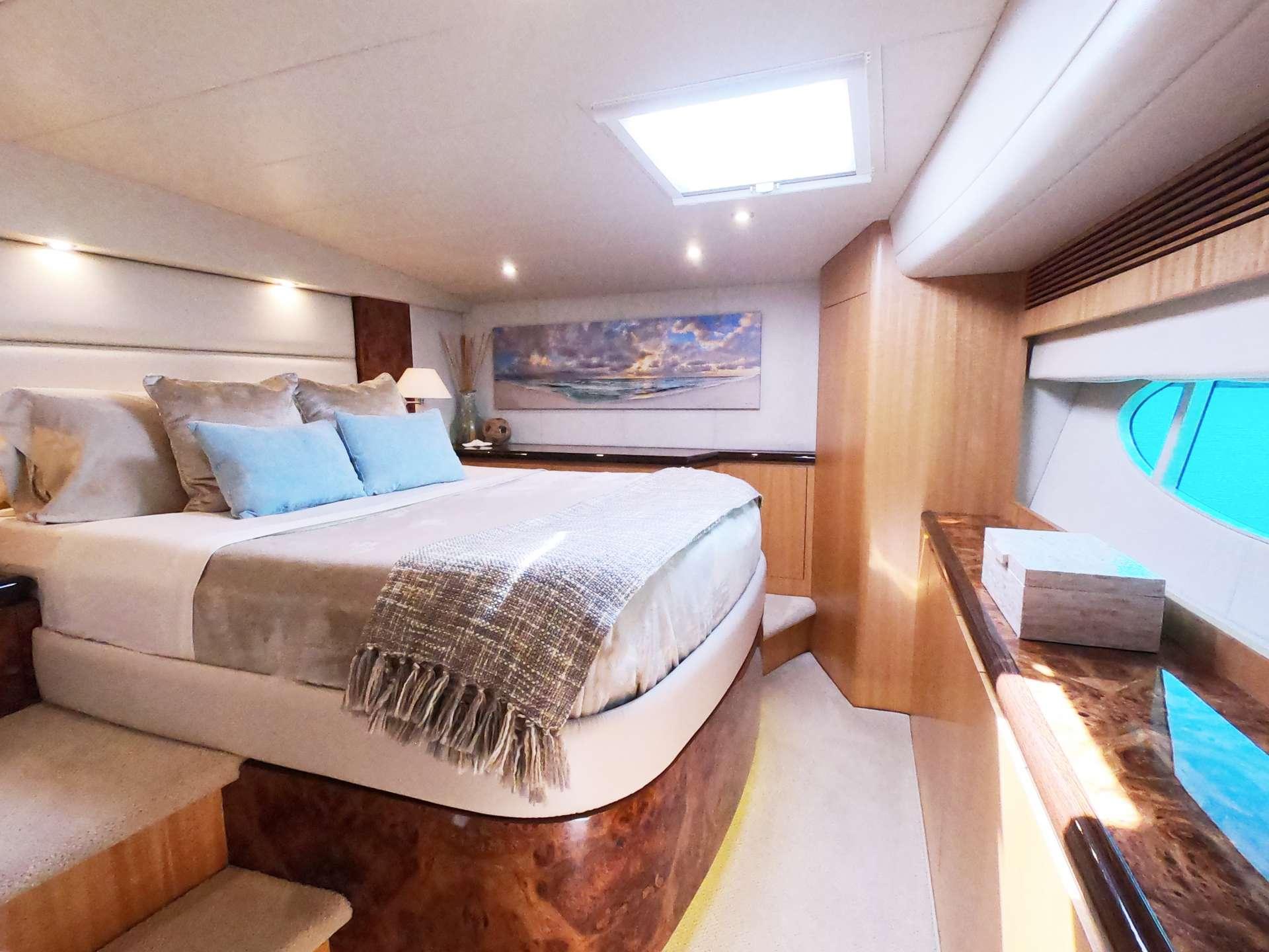 VIP guest queen suite