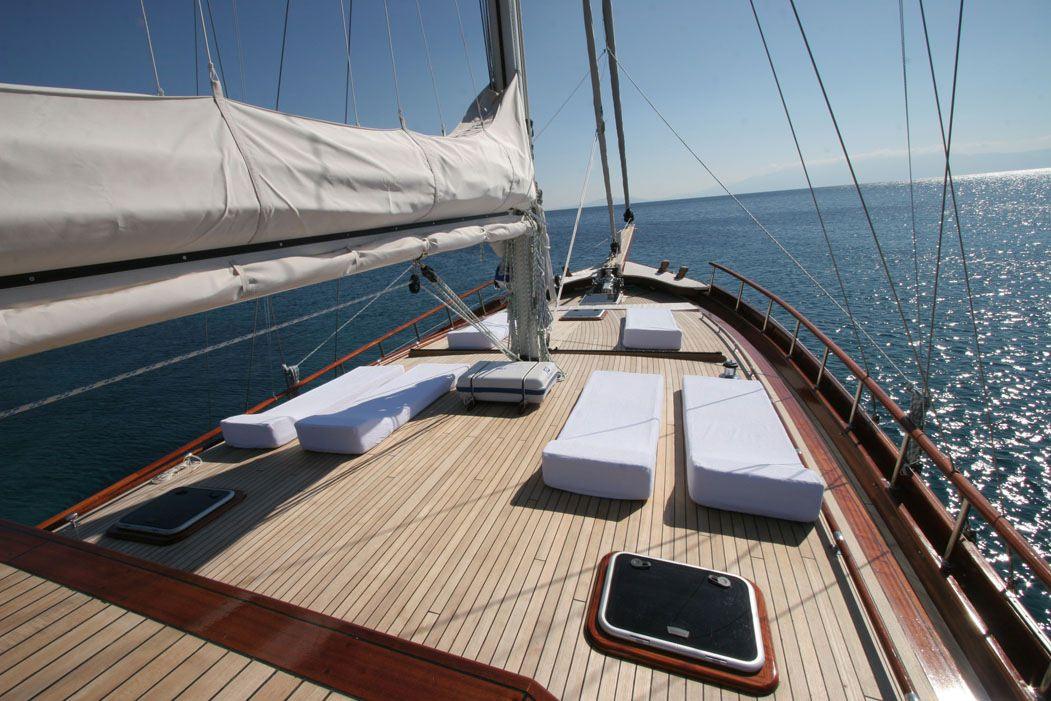 Forward Suntanning Deck