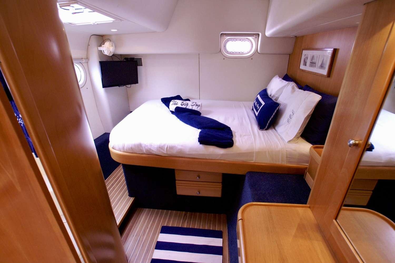 Queen guest cabin #4