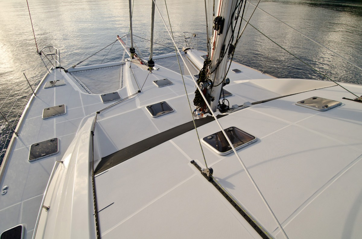 Catamaran Charter Xenia62