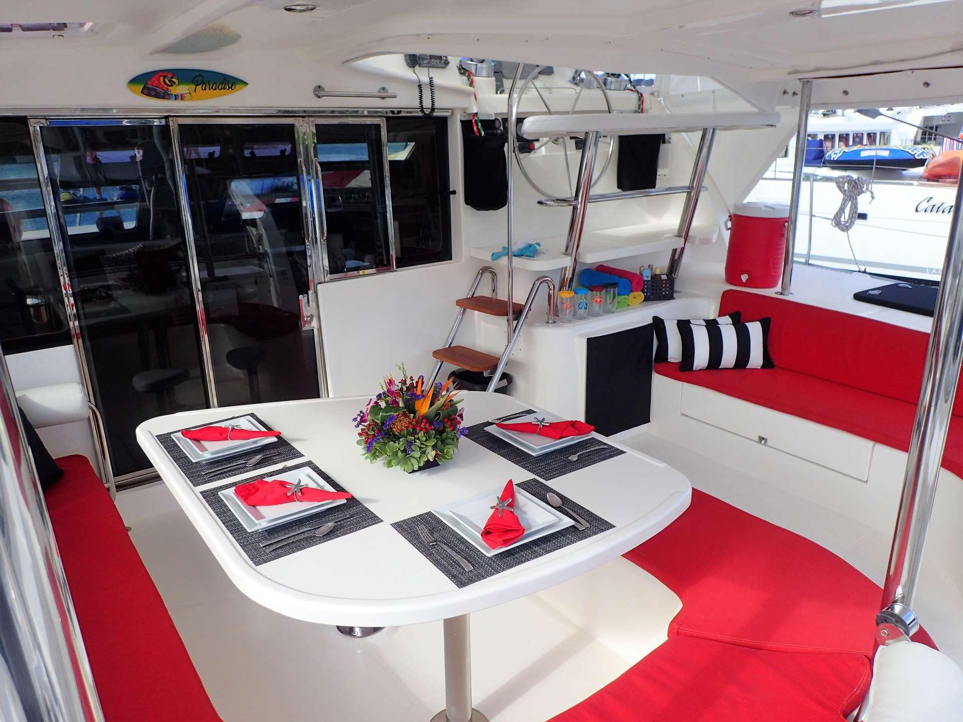 Yacht charter Elixir