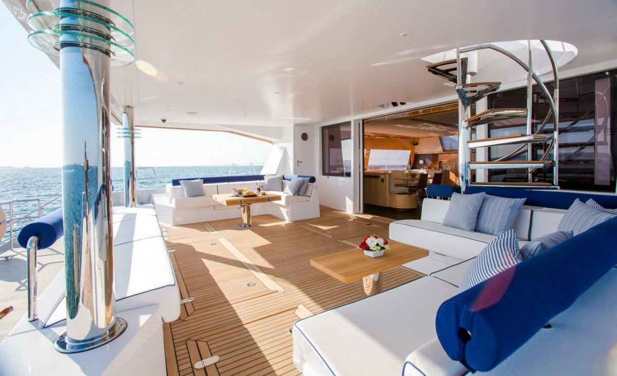 Catamaran Windquest