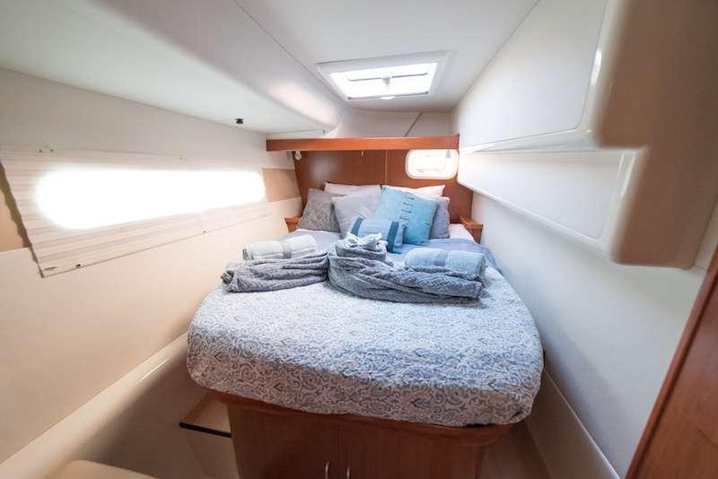 Queen cabin 1