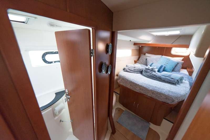 Queen cabin 2