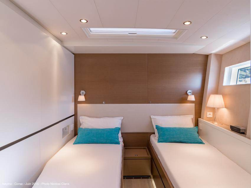 The twin beds cabin convertible into a double bed