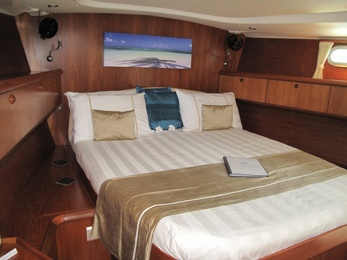 Master Cabin fwd