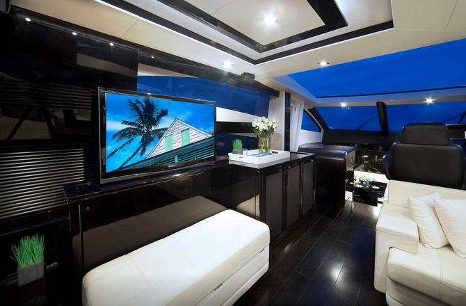 motor yacht BG3