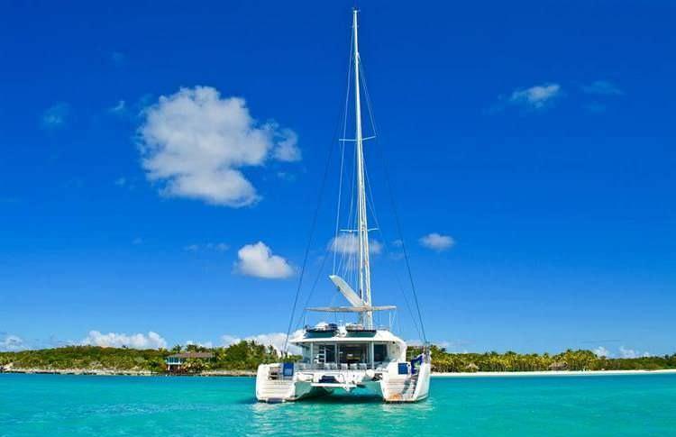 Catamaran Charter Amura Ii