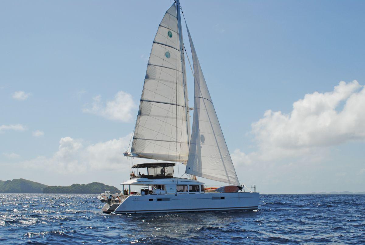 charter yacht Amazing Lady