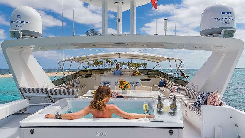 motor yacht ALEXANDRA JANE