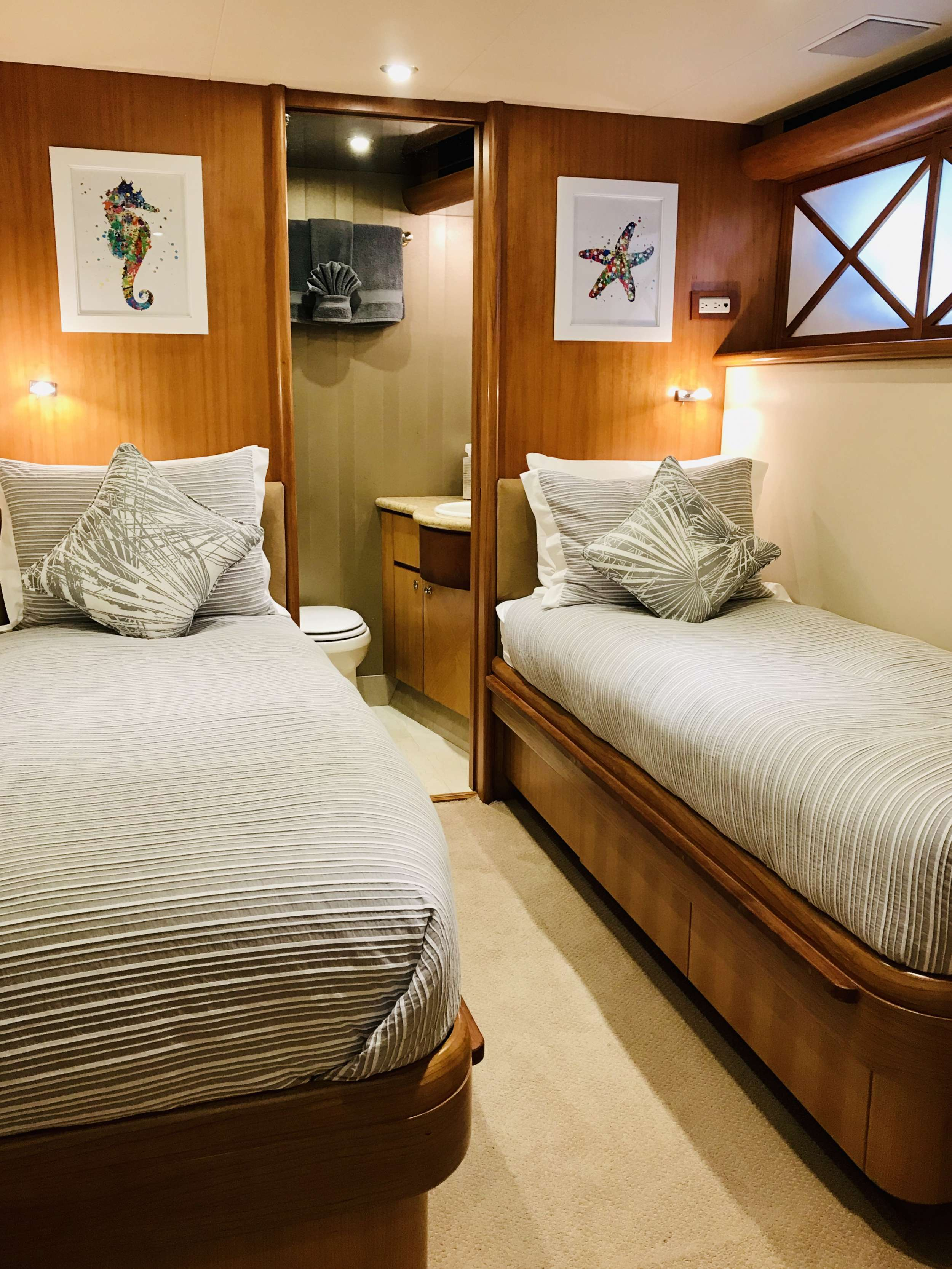Twin Convertible Stateroom
