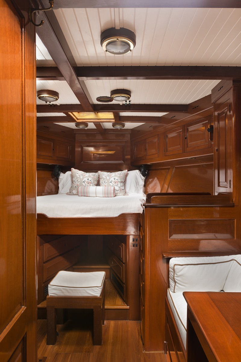 Master V Berth King Cabin