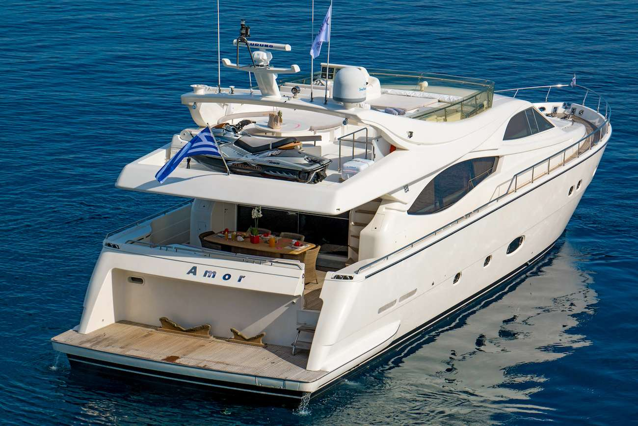 motor yacht AMOR