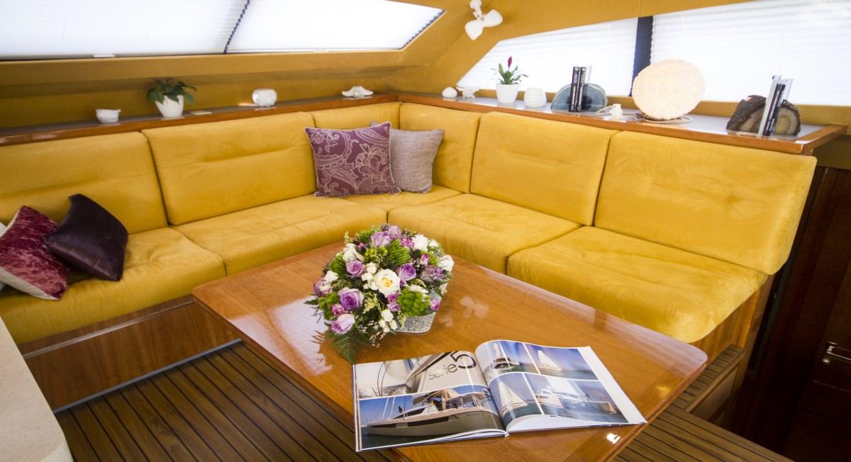 Salon lounge area