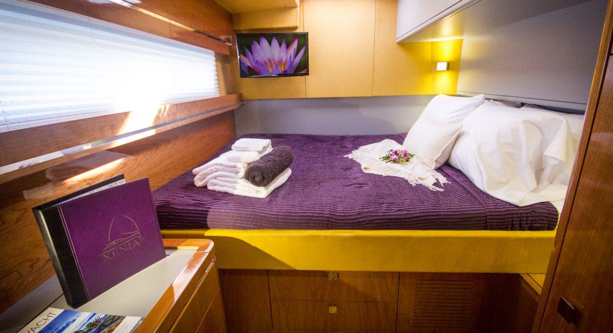 Queen guest cabin 2