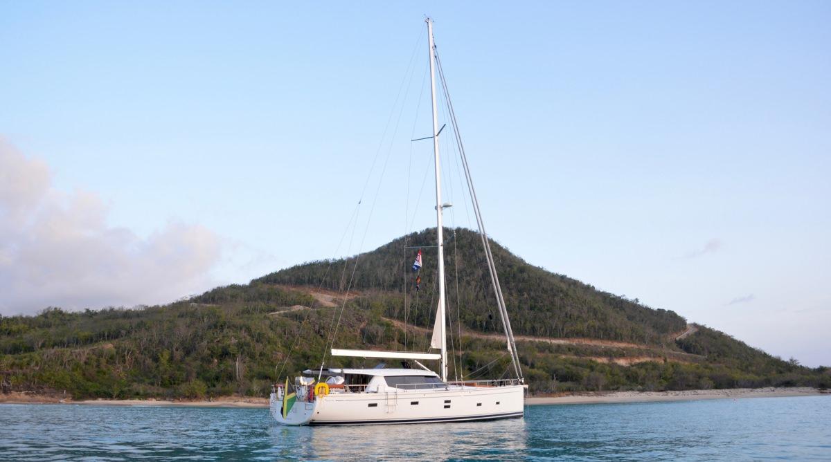Beautiful yacht - beautiful anchorage