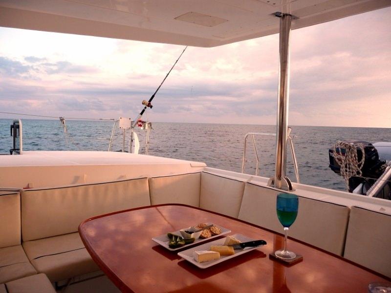 Yacht charter Doris