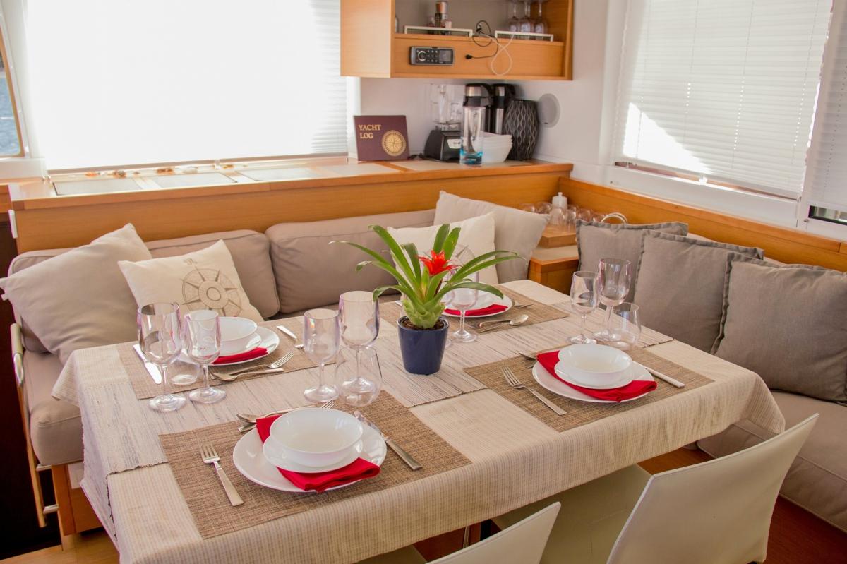 Main Salon Dining